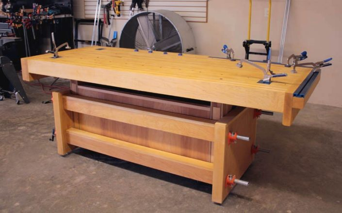 Model Woodworking Bench Adjustable Height