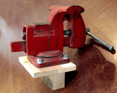 How To Temp A Metal Vise On A Woodworking Workbench Jack