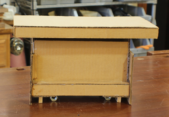 Cardboard workbench design model